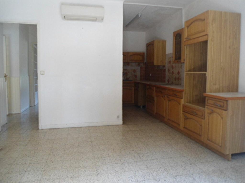 Achat Appartement 3 pièces à Aups - vignette-2