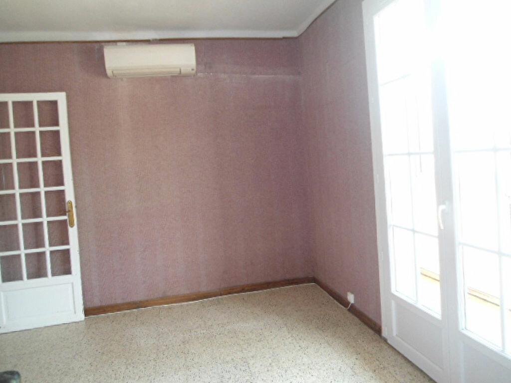 Achat Appartement 3 pièces à Aups - vignette-3