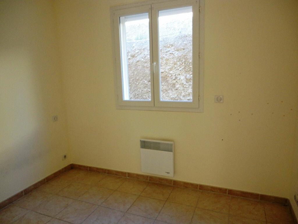 Location Appartement 3 pièces à Allemagne-en-Provence - vignette-7