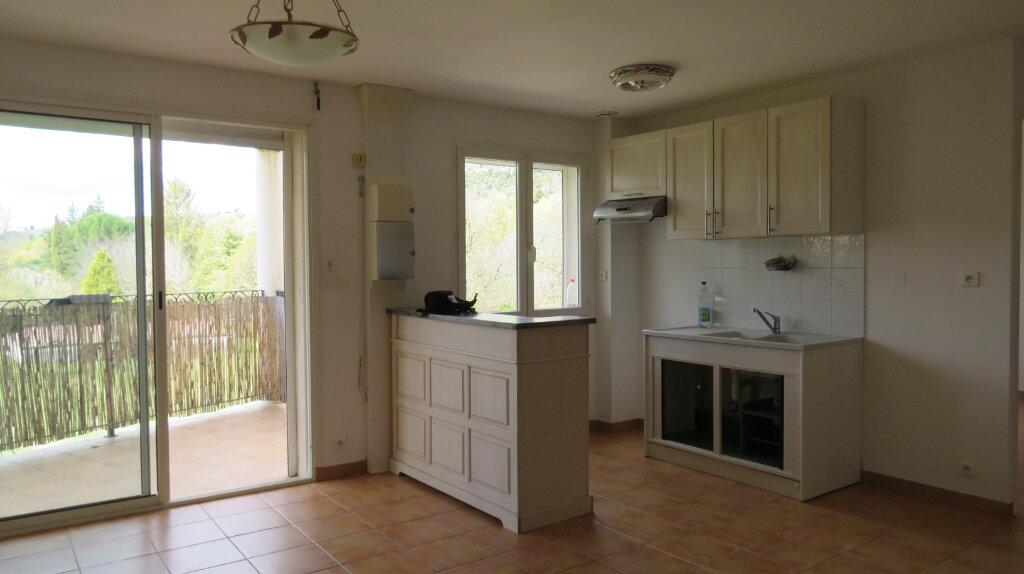 Location Appartement 2 pièces à Riez - vignette-1