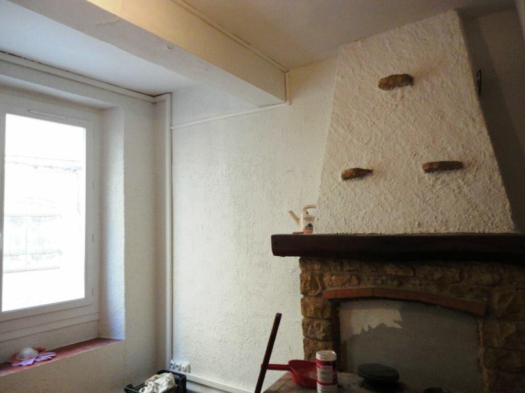 Location Maison 4 pièces à Riez - vignette-1