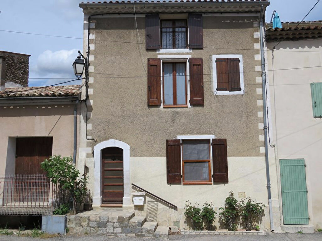 Location Maison 3 pièces à Allemagne-en-Provence - vignette-1
