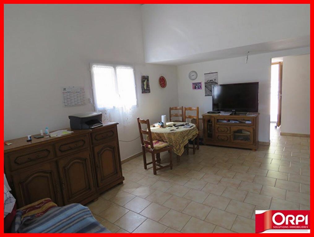 Achat Appartement 2 pièces à Saint-Martin-de-Brômes - vignette-2