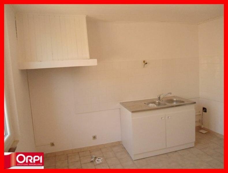 Location Appartement 3 pièces à Riez - vignette-1