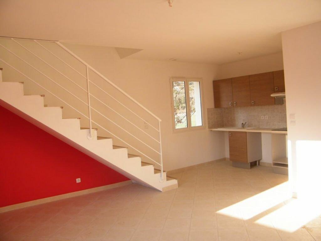 Location Appartement 3 pièces à Oraison - vignette-1