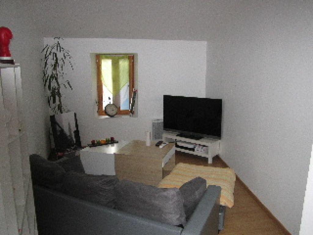 Location Appartement 3 pièces à Aubignosc - vignette-1