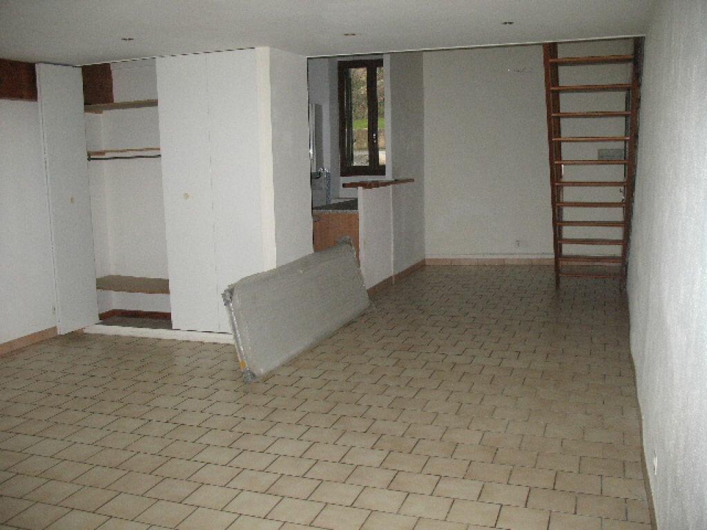 Location Appartement 2 pièces à Les Mées - vignette-3