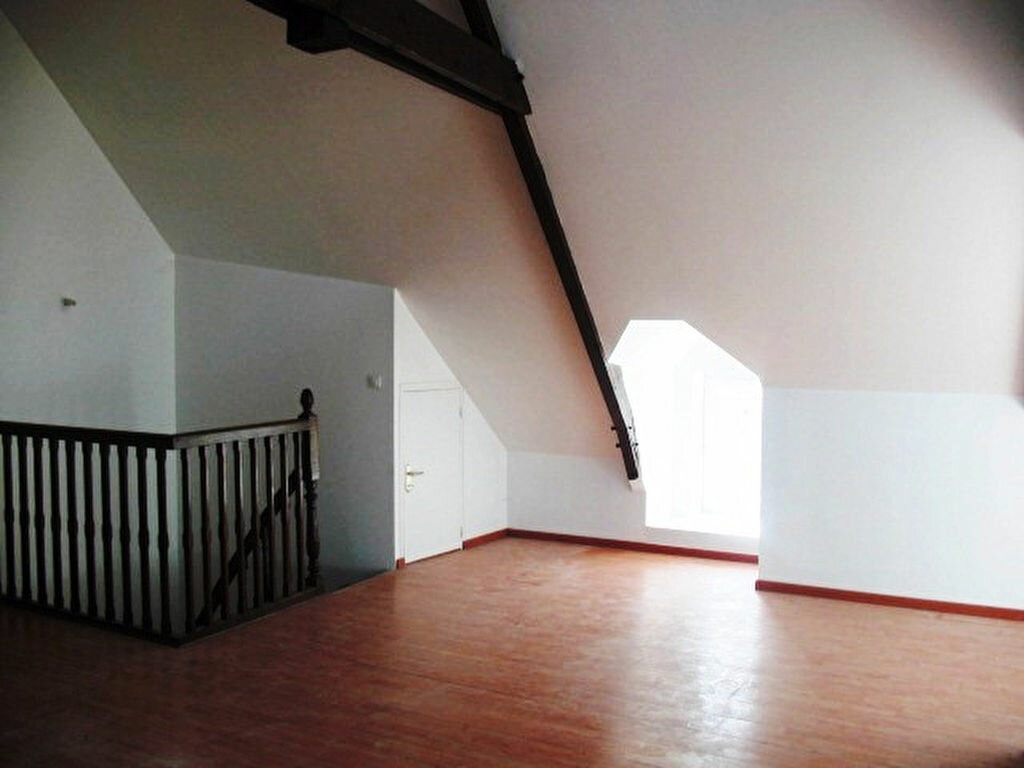 Location Appartement 1 pièce à La Chapelle-des-Marais - vignette-1