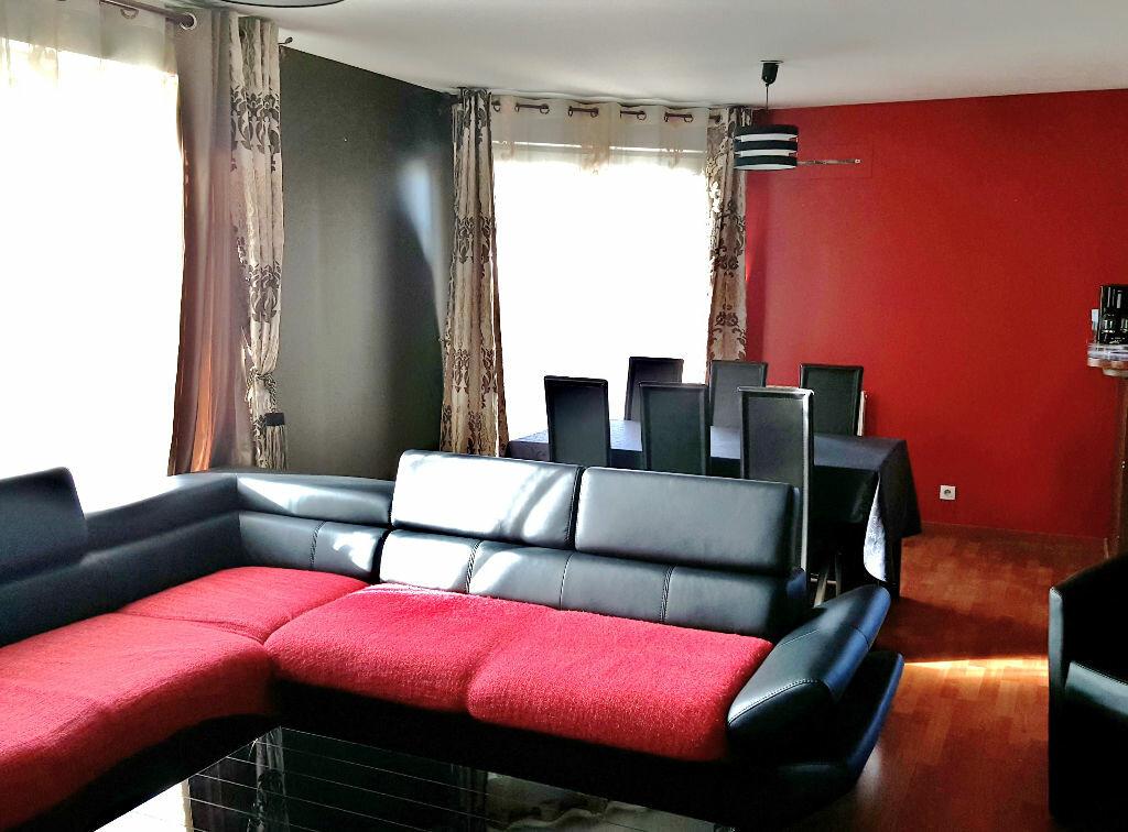 Achat Appartement 3 pièces à Vaujours - vignette-1