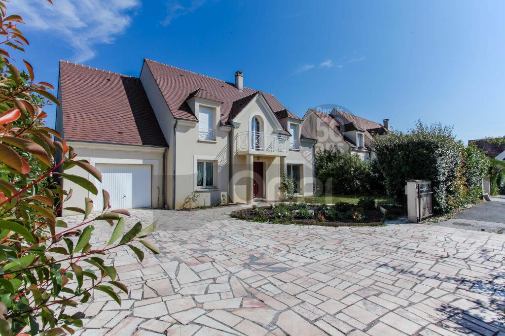 Achat Maison 9 pièces à Bussy-Saint-Georges - vignette-1