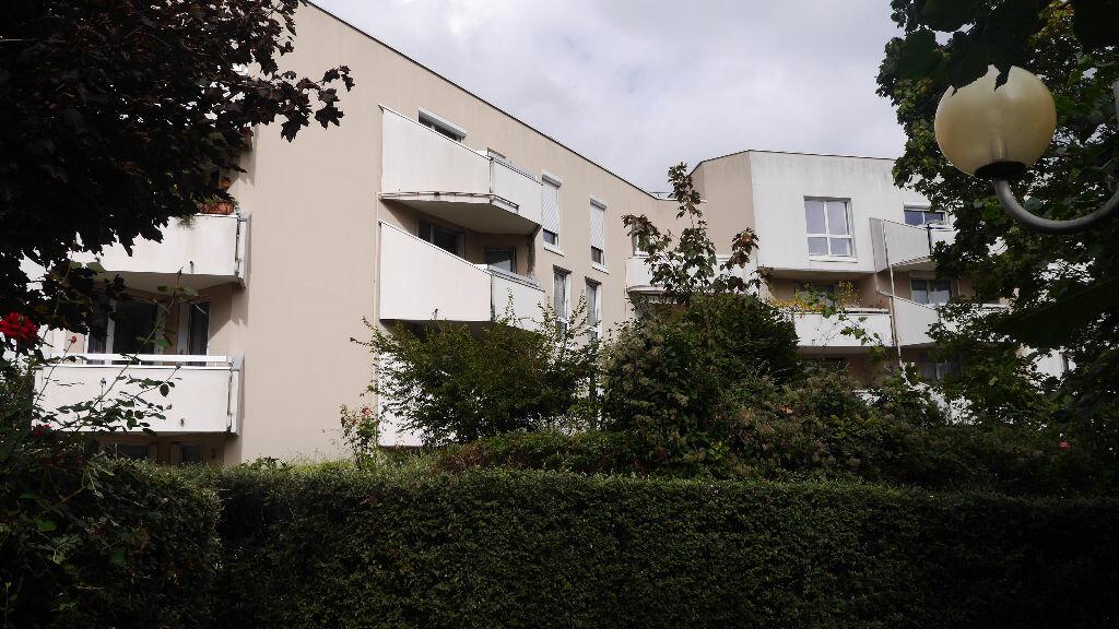 Achat Appartement 4 pièces à Lognes - vignette-1