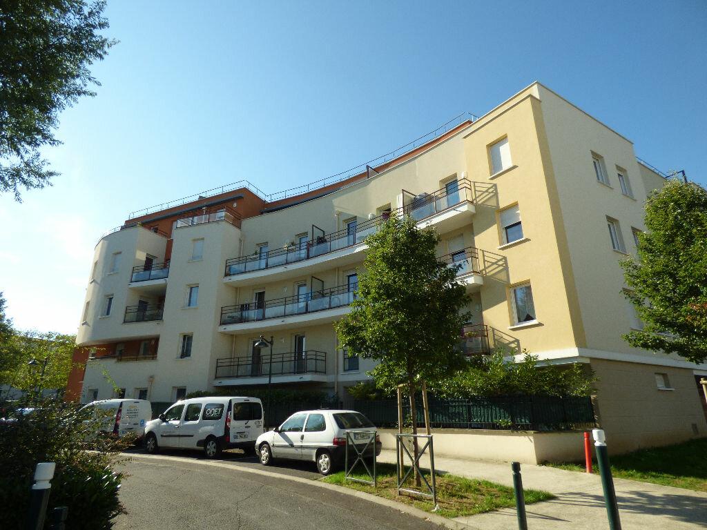 Achat Appartement 2 pièces à Saint-Thibault-des-Vignes - vignette-1