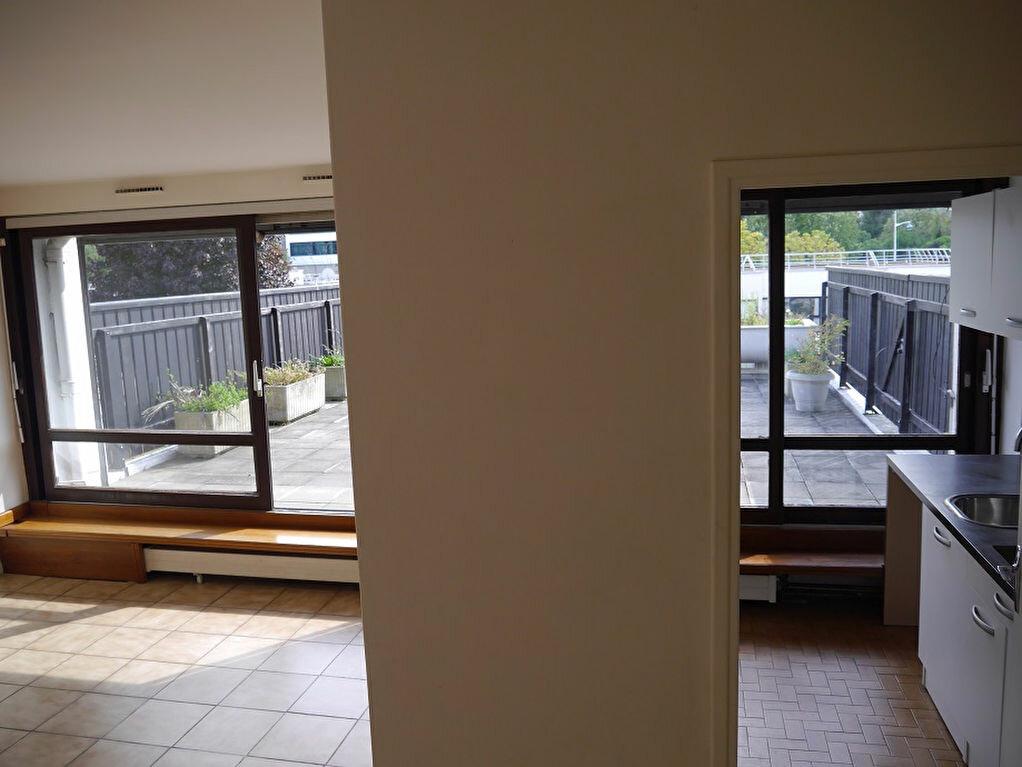 Achat Appartement 3 pièces à Champs-sur-Marne - vignette-5