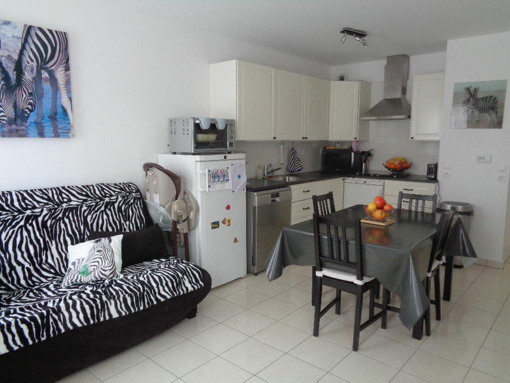 Achat Appartement 3 pièces à Chanteloup-en-Brie - vignette-1