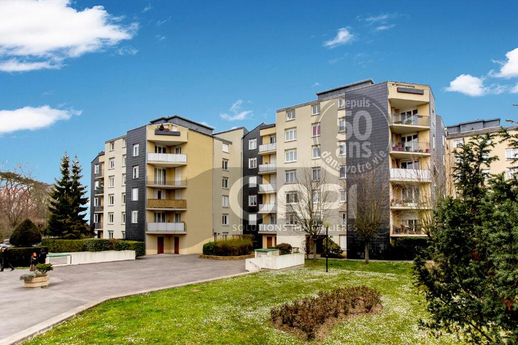 Achat Appartement 3 pièces à Noisiel - vignette-1