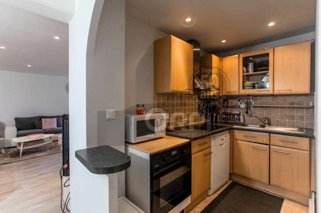 Achat Appartement 3 pièces à Noisy-le-Grand - vignette-2