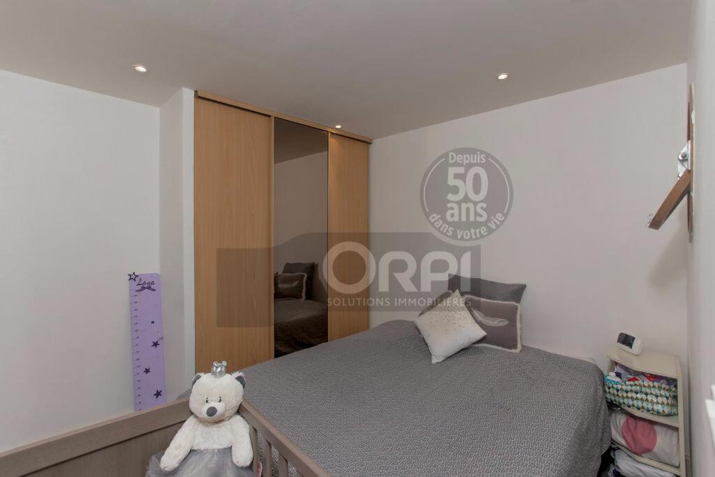 Achat Appartement 3 pièces à Noisy-le-Grand - vignette-6