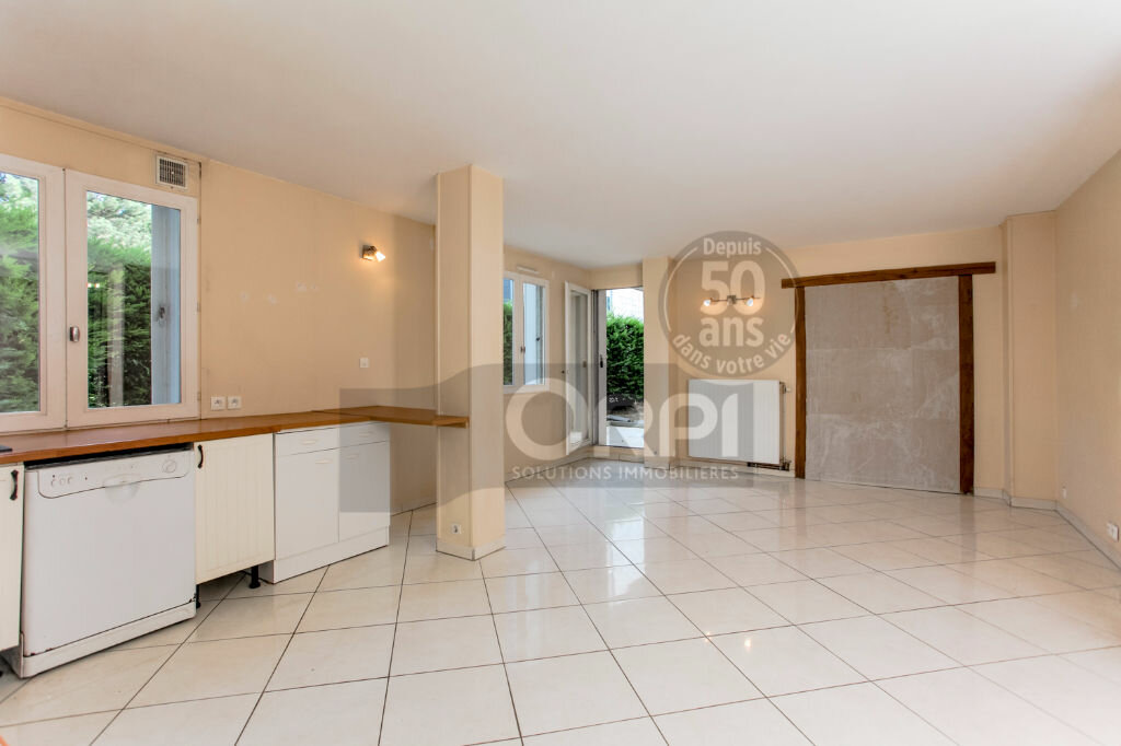 Achat Appartement 4 pièces à Noisiel - vignette-3