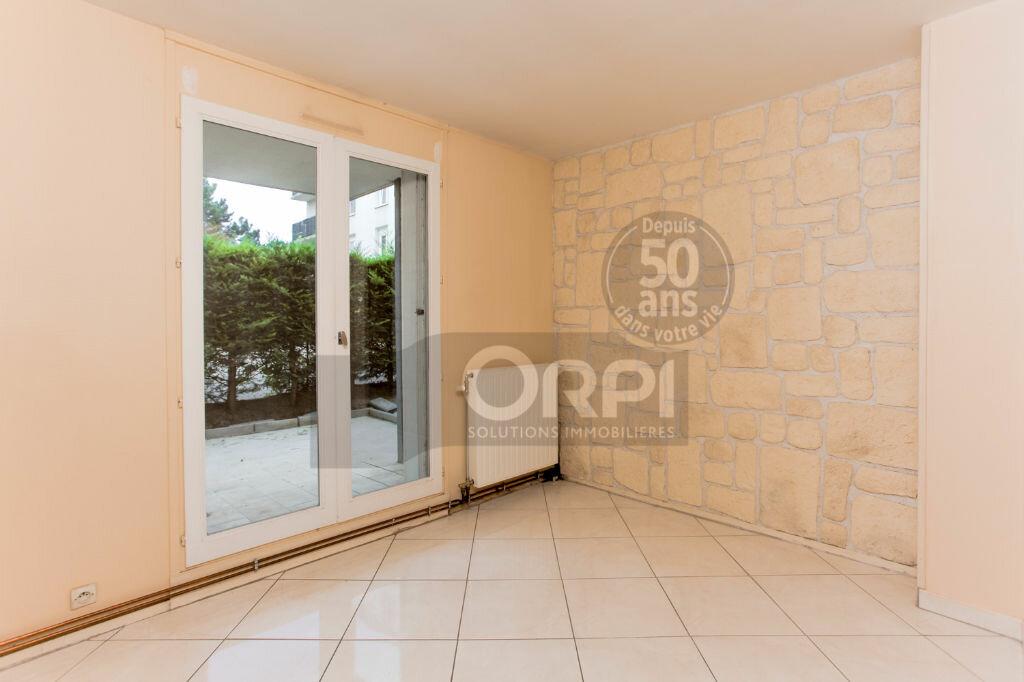 Achat Appartement 4 pièces à Noisiel - vignette-6