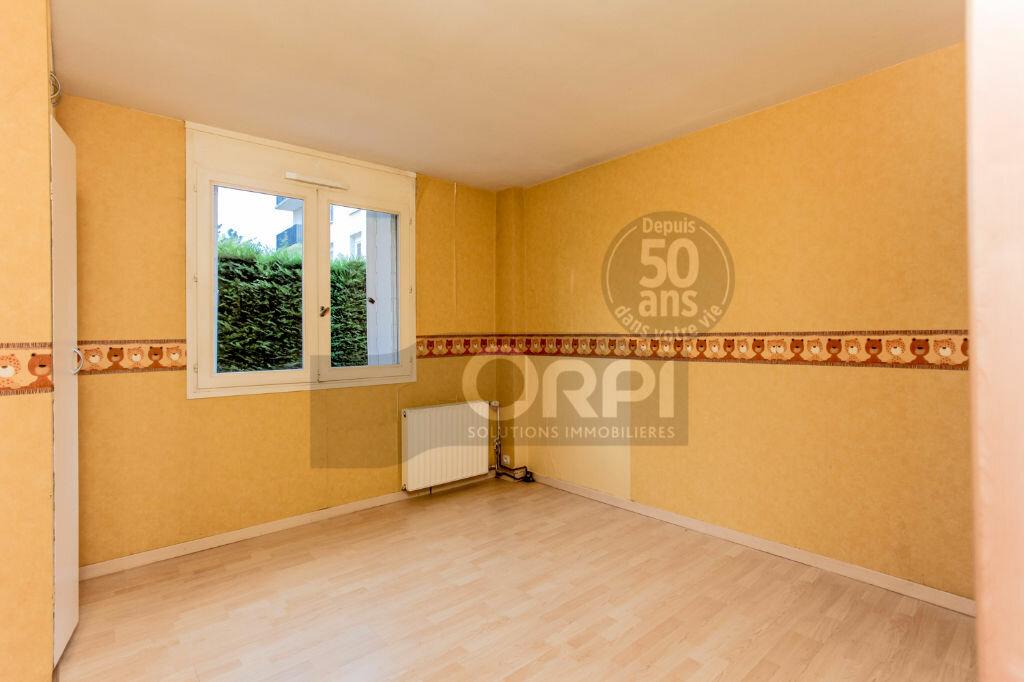 Achat Appartement 4 pièces à Noisiel - vignette-7