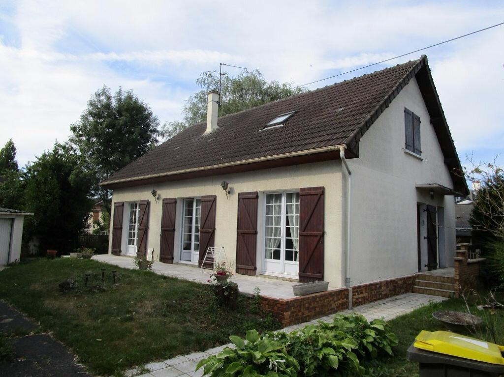 Achat Maison 7 pièces à Pontault-Combault - vignette-1
