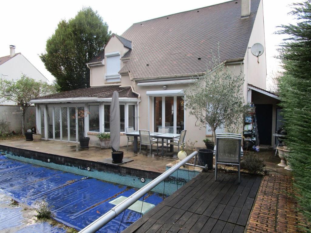Achat Maison 6 pièces à La Queue-en-Brie - vignette-1