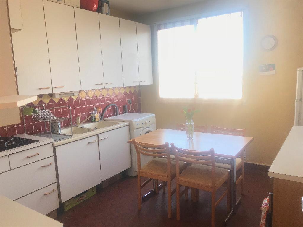 Achat Appartement 3 pièces à Pontault-Combault - vignette-3