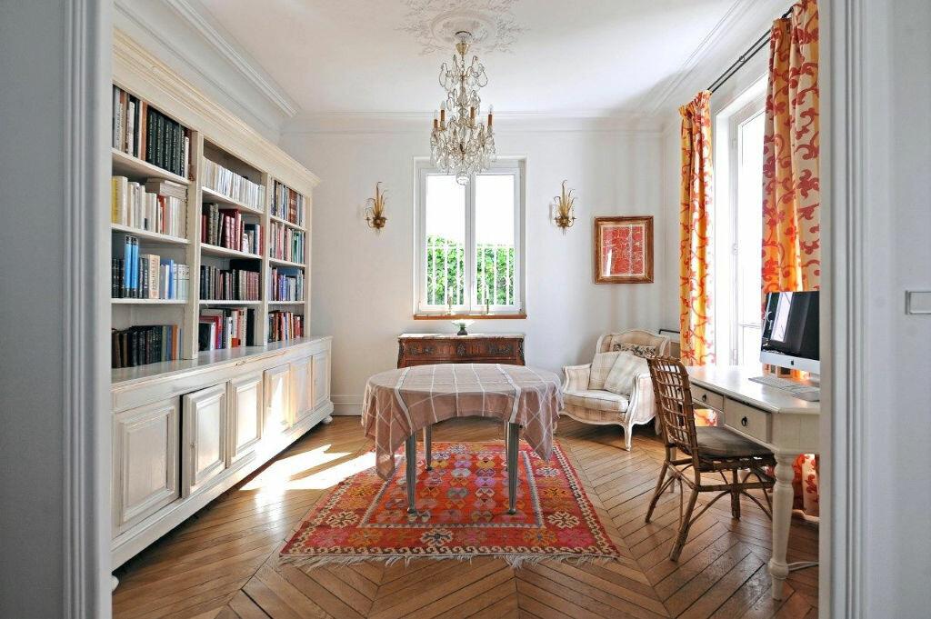 Achat Maison 11 pièces à Joinville-le-Pont - vignette-1