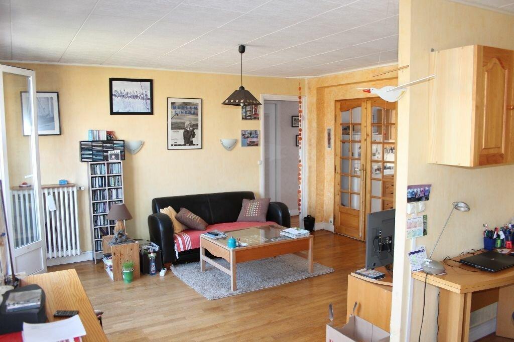 Achat Appartement 4 pièces à Fresnes - vignette-1