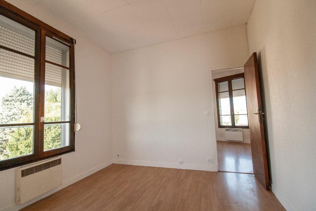 Achat Appartement 2 pièces à Clamart - vignette-1