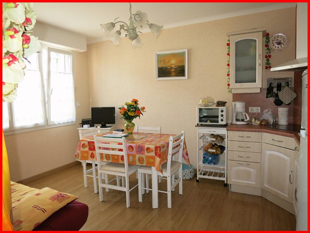 Achat Appartement 3 pièces à Saint-Jean-de-Monts - vignette-1