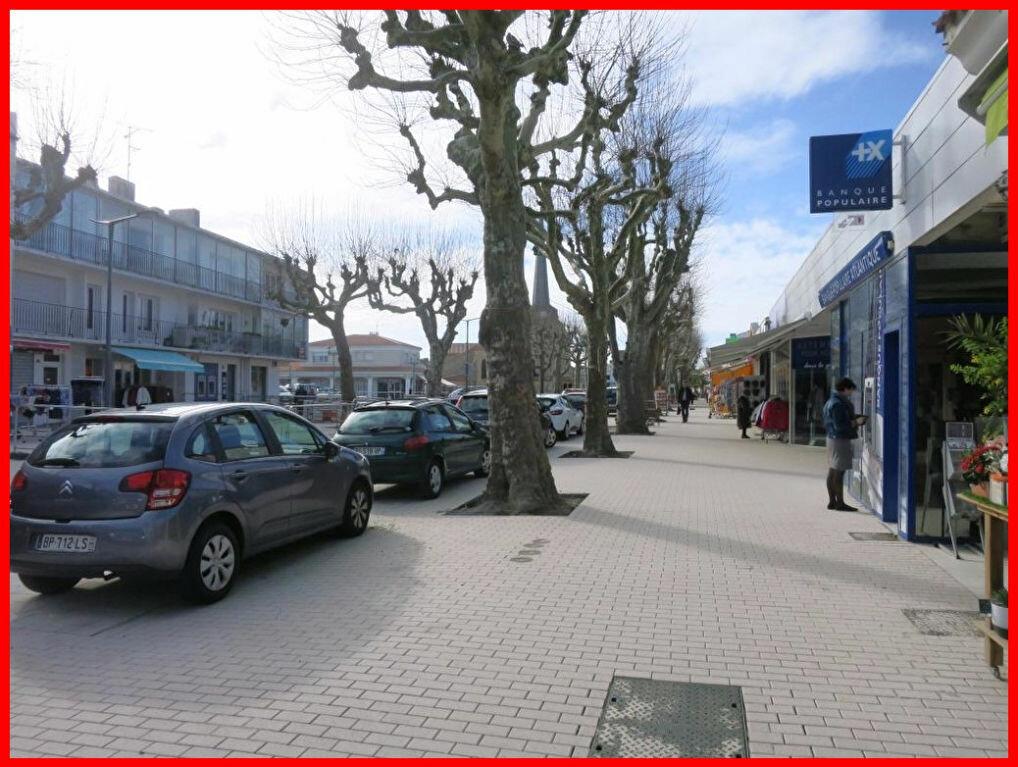 Location Local commercial  à Saint-Jean-de-Monts - vignette-4