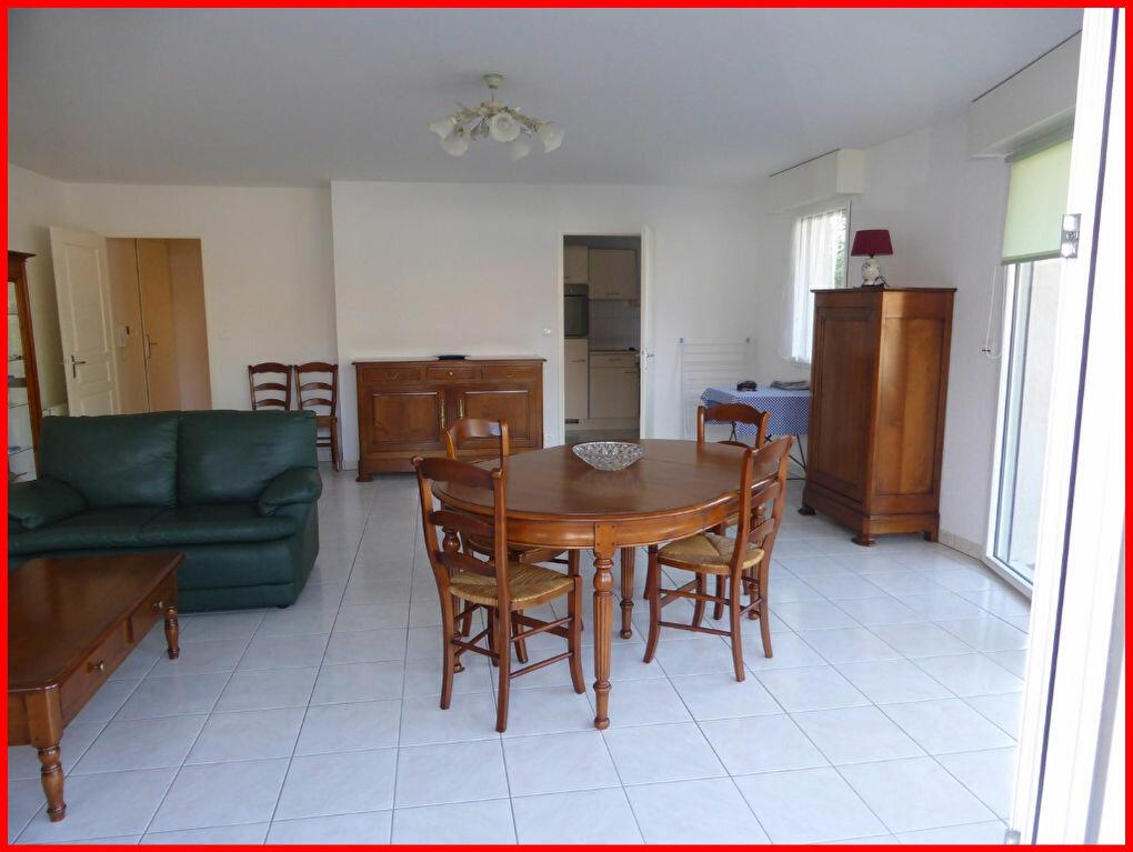Achat Appartement 3 pièces à Challans - vignette-3