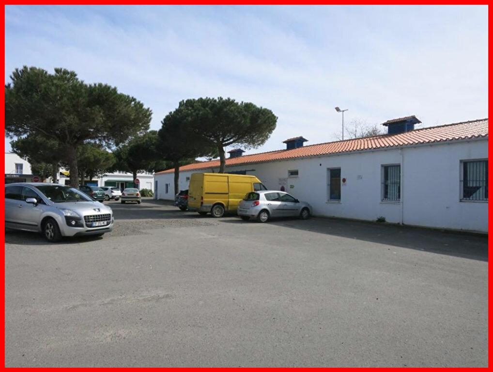 Location Local commercial  à Saint-Jean-de-Monts - vignette-3
