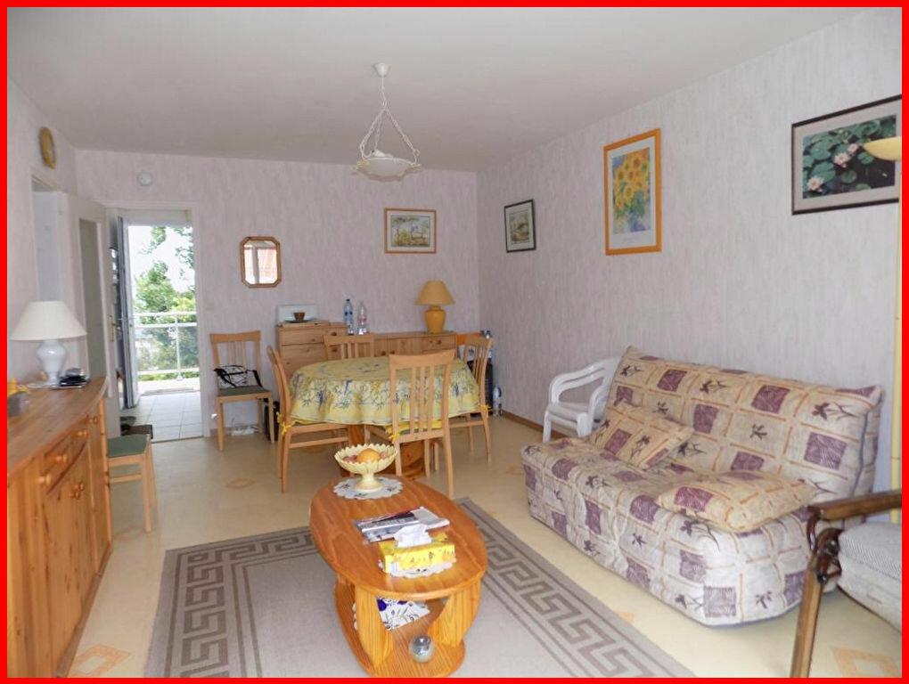 Achat Appartement 3 pièces à Saint-Jean-de-Monts - vignette-2