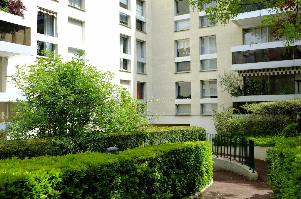 Achat Appartement 1 pièce à Le Chesnay - vignette-1