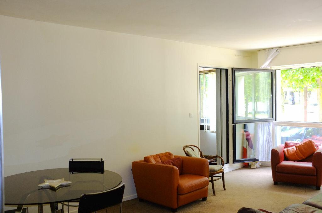 Achat Appartement 4 pièces à Le Chesnay - vignette-1