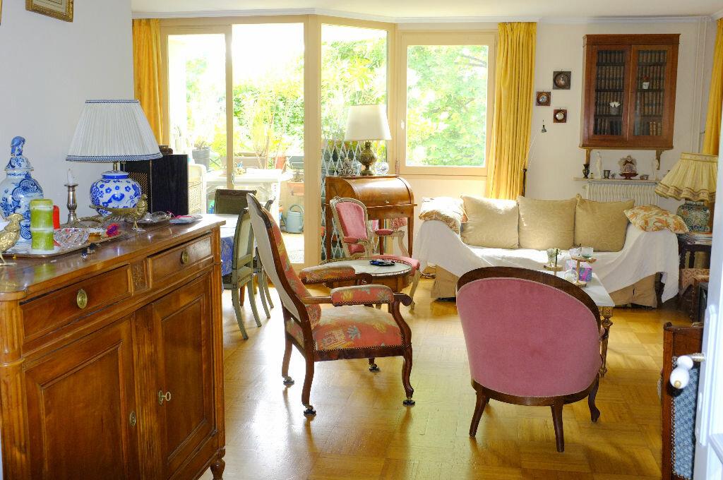 Achat Appartement 5 pièces à Le Chesnay - vignette-1