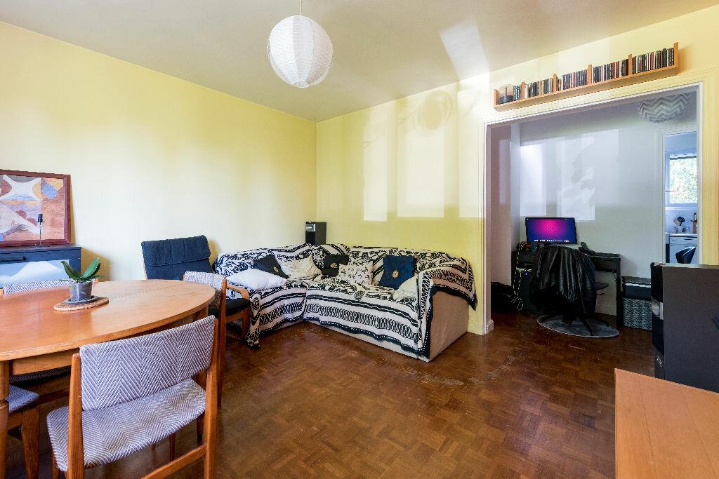 Achat Appartement 3 pièces à La Celle-Saint-Cloud - vignette-4