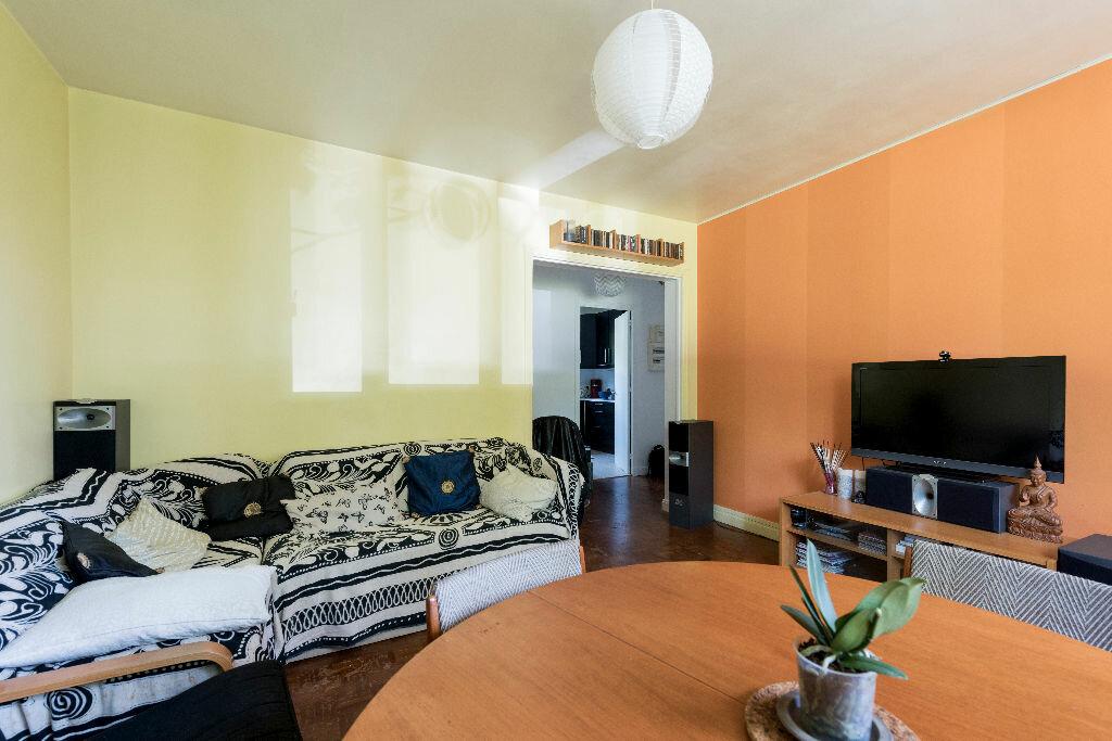 Achat Appartement 3 pièces à La Celle-Saint-Cloud - vignette-11