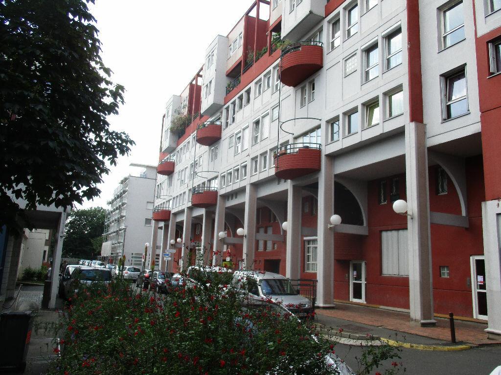 Achat Appartement 5 pièces à Villejuif - vignette-1