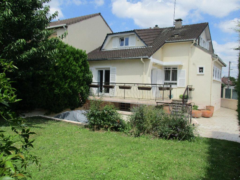 Achat Maison 6 pièces à Vitry-sur-Seine - vignette-1