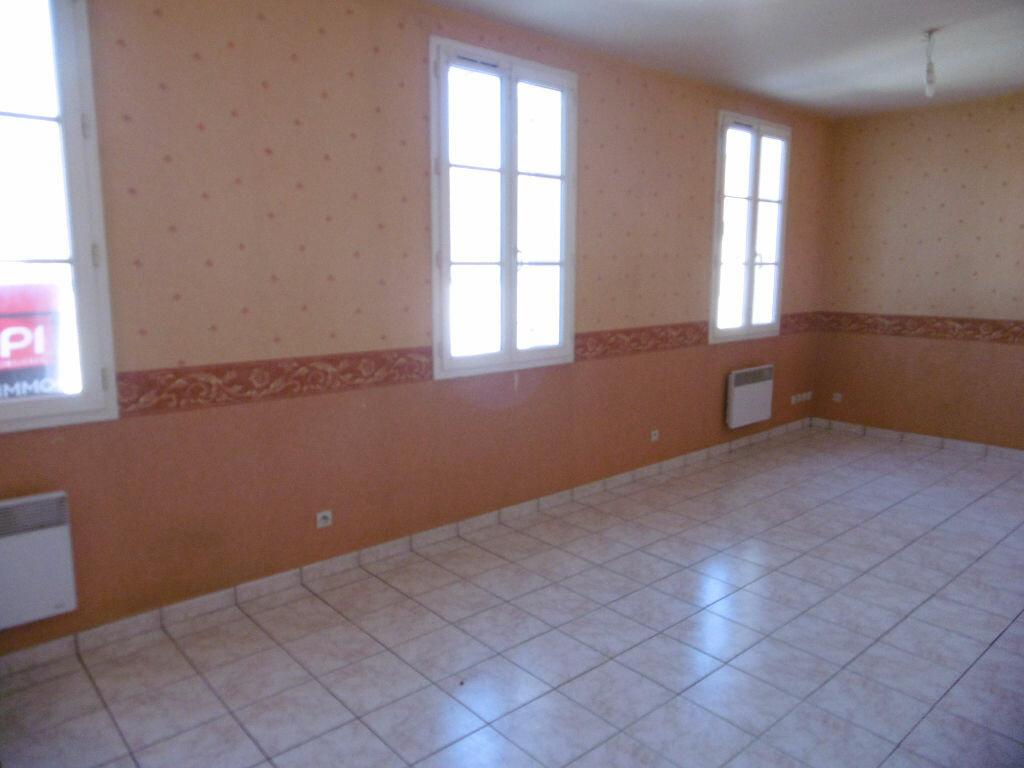 Location Appartement 3 pièces à Janville - vignette-1