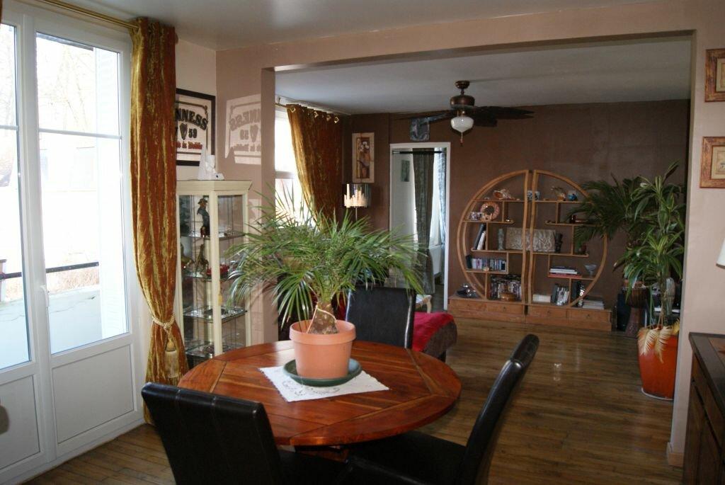 Achat Appartement 3 pièces à Pierrefonds - vignette-1