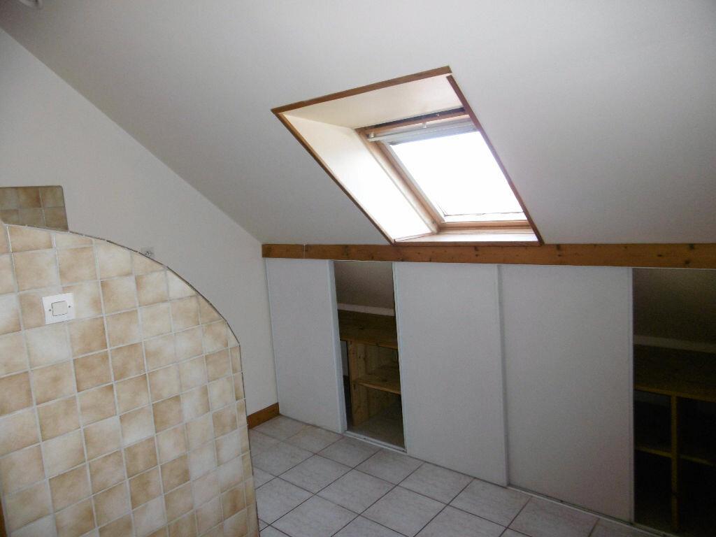 Location Appartement 2 pièces à Janville - vignette-2