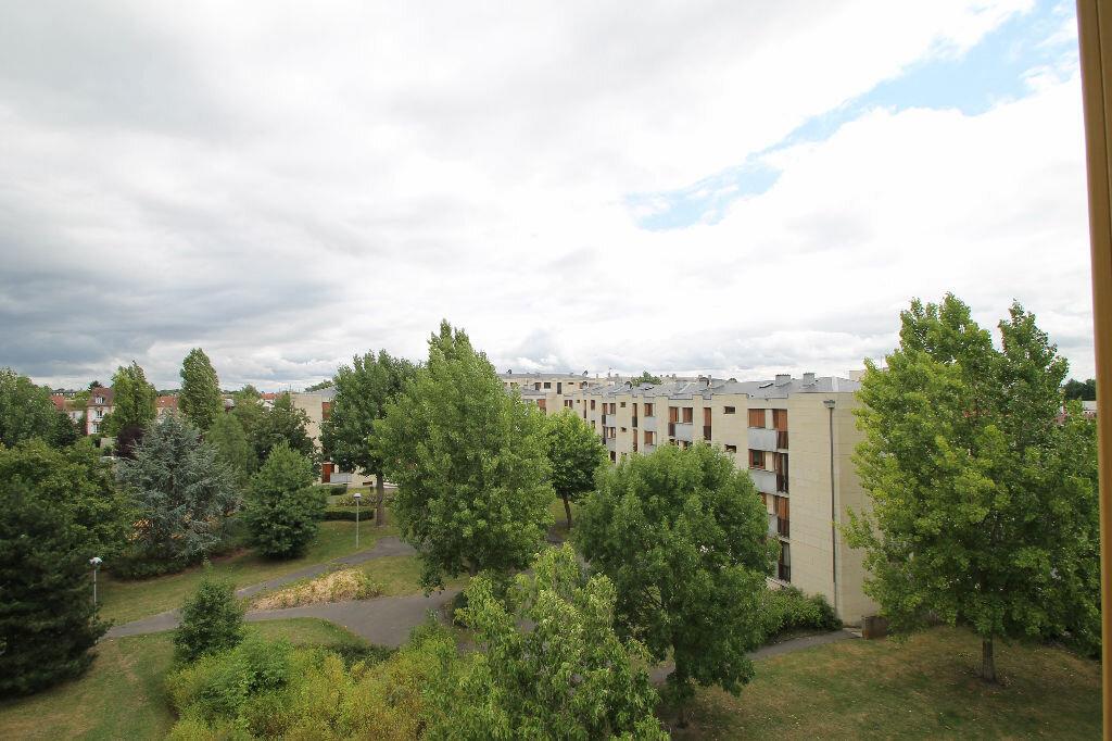 Achat Appartement 4 pièces à Compiègne - vignette-3