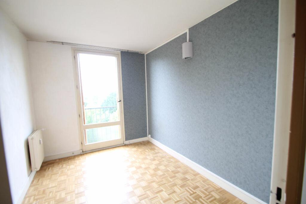 Achat Appartement 4 pièces à Compiègne - vignette-6