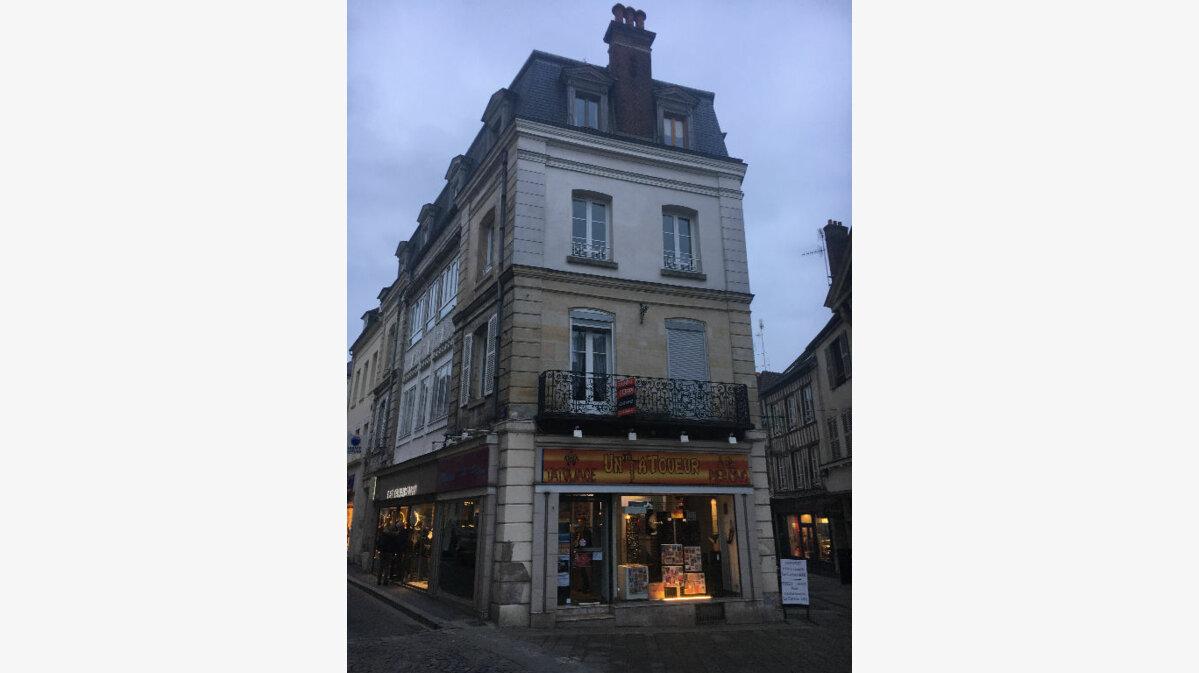 Achat Appartement 6 pièces à Compiègne - vignette-1