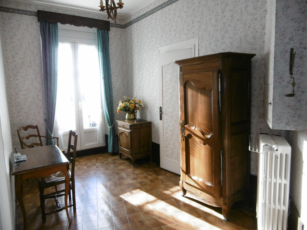 Achat Appartement 6 pièces à Compiègne - vignette-4