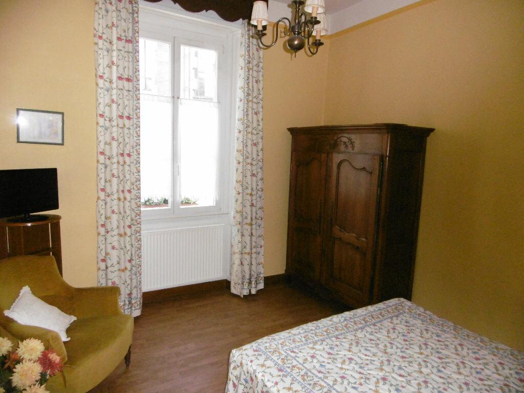 Achat Appartement 6 pièces à Compiègne - vignette-6